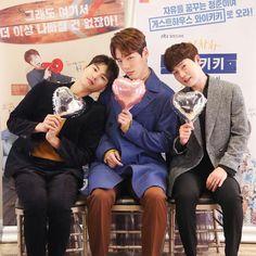 Image may contain: 4 people, shoes Jung Hyun, Kim Jung, Introverted Boss, Korean Drama Movies, Korean Dramas, Oh My Venus, Web Drama, Drama Korea, Hot Boys