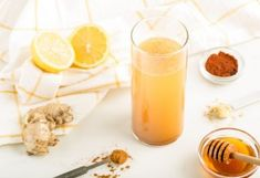 Secret Detox Drink Recipe: Cleanse and Rejuvinate – Dr. Axe: 1 glass of warm or … Secret Detox Drink Recipe: Jus Detox, Detox Kur, Colon Cleanse Detox, Health Cleanse, Body Detox, Diet Detox, Body Cleanse, Juice Cleanse, Protein Shakes