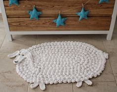 Lamb rug or Sheep rug for a modern nursery. Farm theme, Animal Theme, white and simplistic. Made in Italy