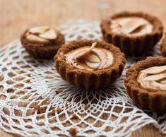 Křupavé košíčky s karamelem Thing 1, Muffin, Breakfast, Food, Morning Coffee, Essen, Muffins, Meals, Cupcakes