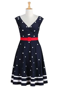 Shop Women's designer fashion dresses, tops | Size 0-36W & Custom clothes | eShakti #eShakti #eShaktiSpringIton