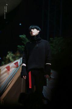 Kim Yugyeom  cr: YUGYEOMA_1117