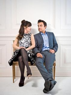 Nick and Jess from New Girl, played by Jake Johnson and Zooey Deschanel respectively Jessica Day, Nick Miller, Zooey Deschanel, Gilmore Girls, Gossip Girl, Nick New Girl, Pretty People, Beautiful People, Jake Johnson