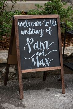 Chalkboard Wedding Sign  | I Love You To Mountains And Back | Pamela and Max Tie the Knot at Grandview with photos by Daisy Moffatt Photography | The Pink Bride®️ www.thepinkbride.com