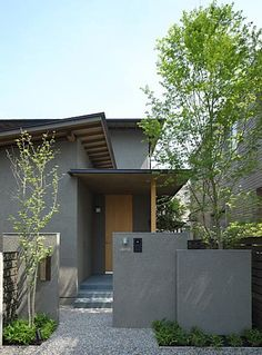 家 外観 Find home ideas and designs here. Houses designed by Masumi Yanase Architect Office Masumi Yana
