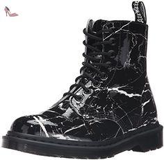 ecc4f6d7d5ef 2886 meilleures images du tableau Chaussures Dr. Martens