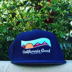 California Good SnapBack in navy blue now on sale for $18.99 for a limited time at cagoodclothing.com. FREE SHIPPING on all orders!  #californiagood #california #nature #organic #hat #fashion