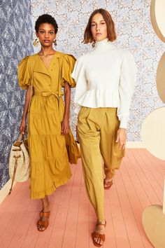 Ulla Johnson Resort 2021 collection, runway looks, beauty, models, and reviews. Fashion 2020, Fashion Show, Fashion Outfits, Womens Fashion, Fashion Design, Fashion Trends, 80s Fashion, Dress Fashion, Latest Fashion