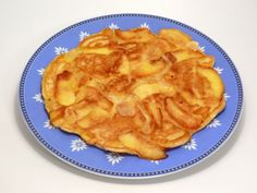 Apple Pie Pancakes - A nutritious breakfast recipe that could easily double as… Baby Food Recipes, Sweet Recipes, Snack Recipes, Dessert Recipes, Cooking Recipes, Snacks, Gluten Free Apple Pie, Kids Meals, Pancake