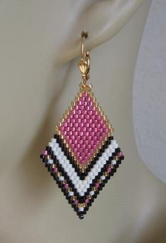 These pretty beadwoven earrings are handmade with Duracoat galvanized pink, matte cream, opaque black, & golden delica seed beads. Beaded Earrings Native, Beaded Earrings Patterns, Seed Bead Earrings, Diy Earrings, Beading Patterns, Seed Beads, Beaded Jewelry, Diamond Earrings, Hoop Earrings