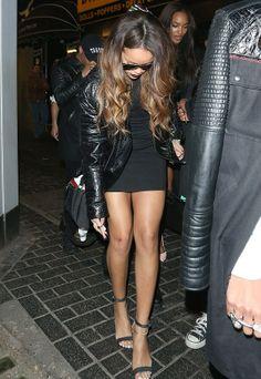 GOSSIP OVER THE WORLD: Rihanna Attacked.....