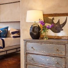 You just can't beat the classic #SantaFe interior design style.  #design #home…