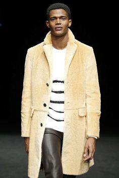VM La Sibèria Fall-Winter 2017 - 080 Barcelona FashionFuente número uno en español de la moda masculina: colecciones, publicaciones, estilo de las celebridades y más..
