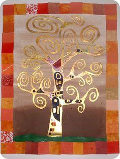 Les élèves de  l'atelier créatif de Duras  ont fini leurs arbres à la Klimt.  Bye Bye le brou de noix, la peinture or et les p...
