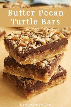 Pecan Desserts, Pecan Recipes, Cookie Desserts, Easy Desserts, Baking Recipes, Delicious Desserts, Dessert Recipes, Bar Recipes, Desserts With Pecans