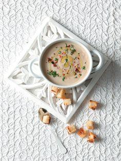 Όταν πολύ απλά και γρήγορα θέλετε να φτιάξετε μια βελούδινη «σούπα» που θα ανοίξει ένα επίσημο δείπνο. #βελουτέ #σούπα