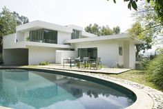 Fitzpatrick/Leland House   2  beds/ 2 bath,   sq. ft. house located in Los Angeles