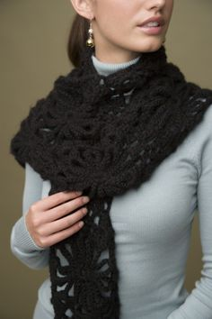 "Free pattern for ""Crochet Lace Scarf""...So gorgeous, I had to pin this even though I may have already!"