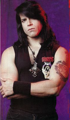 Glenn Danzig and Joh Christ October 1991 - .What the Cat Dragged In Heavy Metal Girl, Heavy Rock, Heavy Metal Bands, Glenn Danzig, Todd Hido, Danzig Misfits, Grunge, Gothic Rock, Poses For Men