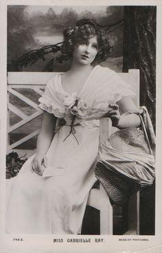 Gabrielle Ray J. Beagles 745 C) 1911