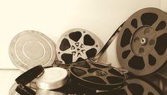 La pellicola è un supporto flessibile e perfettamente trasparente che per primo G. Eastman usò per lo strato sensibile (gelatina-bromuro d'argento) del
