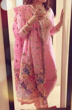 What a pretty color and dress Latest Punjabi Suits, Designer Punjabi Suits Patiala, Punjabi Suits Designer Boutique, Indian Designer Outfits, Indian Suits, Indian Attire, Indian Dresses, Indian Wear, Phulkari Punjabi Suits
