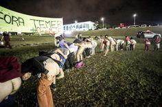 "Esquerda promove ""bundaço"" Fora Temer em Brasília"