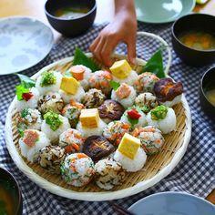 【料理上手の朝ごはん vol.14】ammyさんの物語 Caprese Salad, Pasta Salad, Cobb Salad, Bento And Co, Moist Pumpkin Bread, Best Sushi, Asian Recipes, Ethnic Recipes, Rice Balls