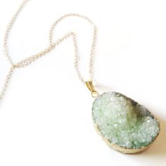 Geode Necklace Pale Green