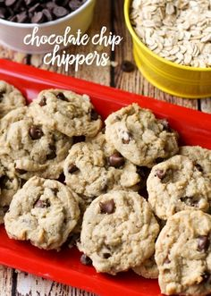 Chocolate Chip Chippers ~ cute, mini cookies loaded with oats and chocolate chips...a yummy copycat of the popular treat from Paradise Bakery!   LilLuna.com for FiveHeartHome.com