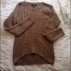 Tan Cableknit Sweater Tan cableknit sweater. Perfect for fall days. Mossimo Supply Co. Sweaters Crew & Scoop Necks