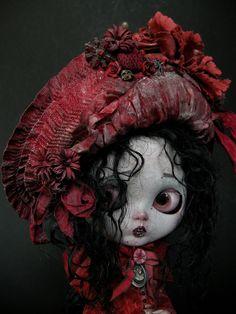 Solanita Vampirica by Julian Martinez