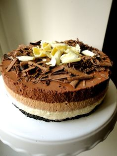 and can be done lacto-vegetarian Triple Chocolate Cheesecake, Chocolate Cake, Piece Of Cakes, Desert Recipes, Cheesecakes, Great Recipes, Deserts, Good Food, Food And Drink