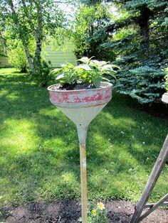 funnel >>planter