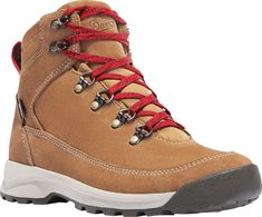 """(paid link) Explore Mi me's board """"Hiking boots fashion"""". See more ideas about mens outfits, mens winter fashion, hiking boots fashion.. ***Click image for more details. Hiking Boots Outfit, Hiking Boots Women, Hiking Shoes, Womens Hiking Outfits, Hiking Clothes, Sport Outfits, Fall Outfits, Law Enforcement Boots, Nylons"""