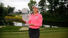 Minjee Lee Holds The Winning 2015 Kingsmill Championship Trophy! -LPGA