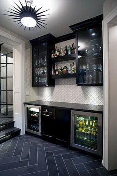 50 Insanely Cool Basement Bar Ideas for Your Home,basement bar ideas diy,modern basement bar ideas,basement bar ideas rustic,basement bar ideas Source by liketogirls decor ideas country basements Cozy Basement, Rustic Basement, Modern Basement, Basement Bedrooms, Basement Walls, Basement Flooring, Basement Bathroom, Basement Finishing, Small Basement Bars