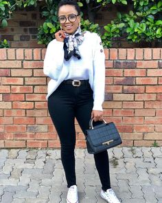Happy Wednesday everybody 🖤🖤💣💣 Casual Work Attire, Business Casual Outfits, Cute Casual Outfits, Simple Outfits, Chic Outfits, Fashion Outfits, Clothing Boutiques, Boutique Clothing, Work Fashion