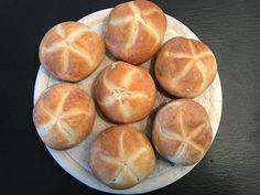 Backen mit Christina … | Kaisersemmerl Bread Rolls, Pampered Chef, Bread Baking, Baked Chicken, Bread Recipes, Food And Drink, Yummy Food, Snacks, Chocolate