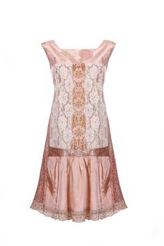 1920s retro lace dress style