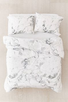 Marble Comforter Snooze Set | Urban Outfitters
