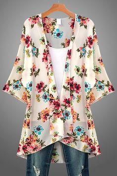 Spring floral kimono that features a vibrant floral print in pink, blue, turquoi. Kimono Fashion, Lolita Fashion, Fashion Outfits, Womens Fashion, Punk Fashion, Floral Kimono Outfit, Retro Fashion, Tokyo Fashion, Pretty Outfits