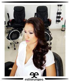 Con las ondas de agua en un lindo semirecogido lateral, tendrás un look muy elegante y refinado destacándote con glamour y elegancia  ¡Te esperamos! Programa tus citas: 3104444 - 3015403439 Visítanos: Cll 10 # 58-07 Sta Anita . . . #Peluquería #Estética #SPA #Cali #CaliCo #PeluqueríaEnCali #PeluqueríasEnCali #BeautyHair #BeautyLook #HairCare #Look #Looks #Belleza #Caleñas #CaliPeluquería #CaliPeluquerías #SpaCali #EstéticaCali #MakeUp #CámarasDeBronceo #BronceadoEnCámara