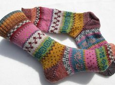 Colorful socks – knitted socks in Nordic Fair Isle patterns – socken stricken Wool Socks, My Socks, Knitting Socks, Baby Knitting, Knitting Projects, Knitting Patterns, Baby Boy Booties, Yellow Socks, Fair Isle Pattern