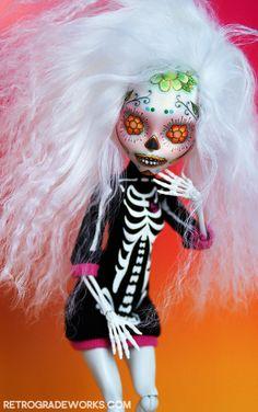 OOAK Skeleton Monster High Calavera Repaint 'Blanca'