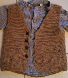 Stricken Baby Boy Sweater Making – Häkeln – TB Valentina Crochet Jumper, Crochet Diy, Crochet For Boys, Boy Crochet, Baby Boy Knitting Patterns, Knitting For Kids, Baby Patterns, Baby Outfits, Baby Boy Sweater