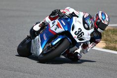 Good opening round of the AMA Superbike season for the Yoshimura Suzuki team! A second and a win for Martin Cardenas on his Suzuki GSX-R1000 Superbike