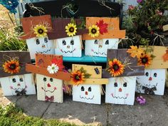 scarecrows made out of pallets