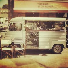 .@downthelinesurf | Superb coffee being served out front of the shop today if you see this van ki...
