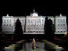 El Palacio Real de Madrid es la residencia oficial de la Familia Real Española. Hoy en día el palacio es utilizado exclusivamente para recepciones, ceremonias y actos oficiales ya que los reyes de España residen en el Palacio de la Zarzuela. El Palacio Real también recibe el nombre de Palacio de Oriente.